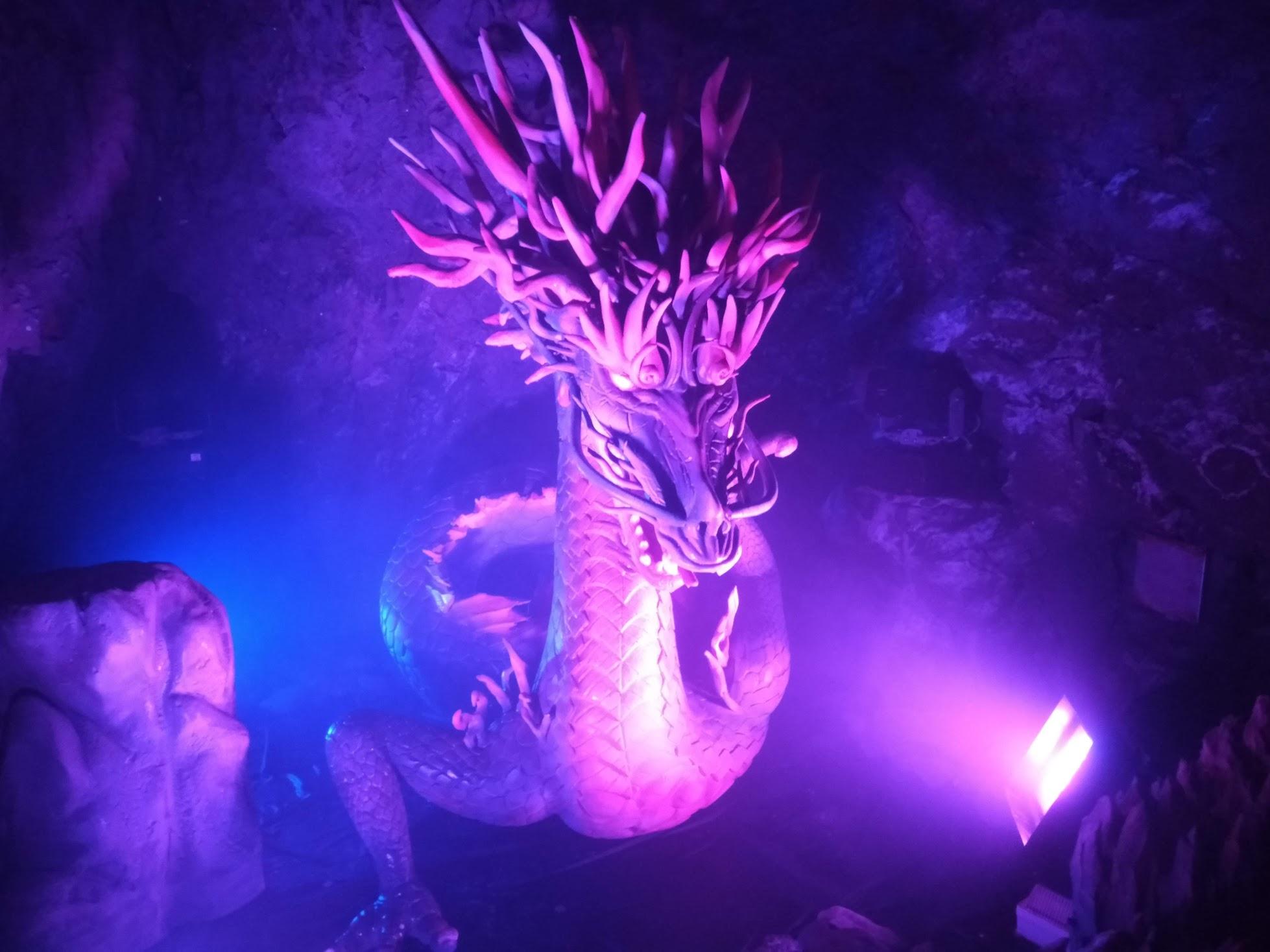 岩屋の龍神