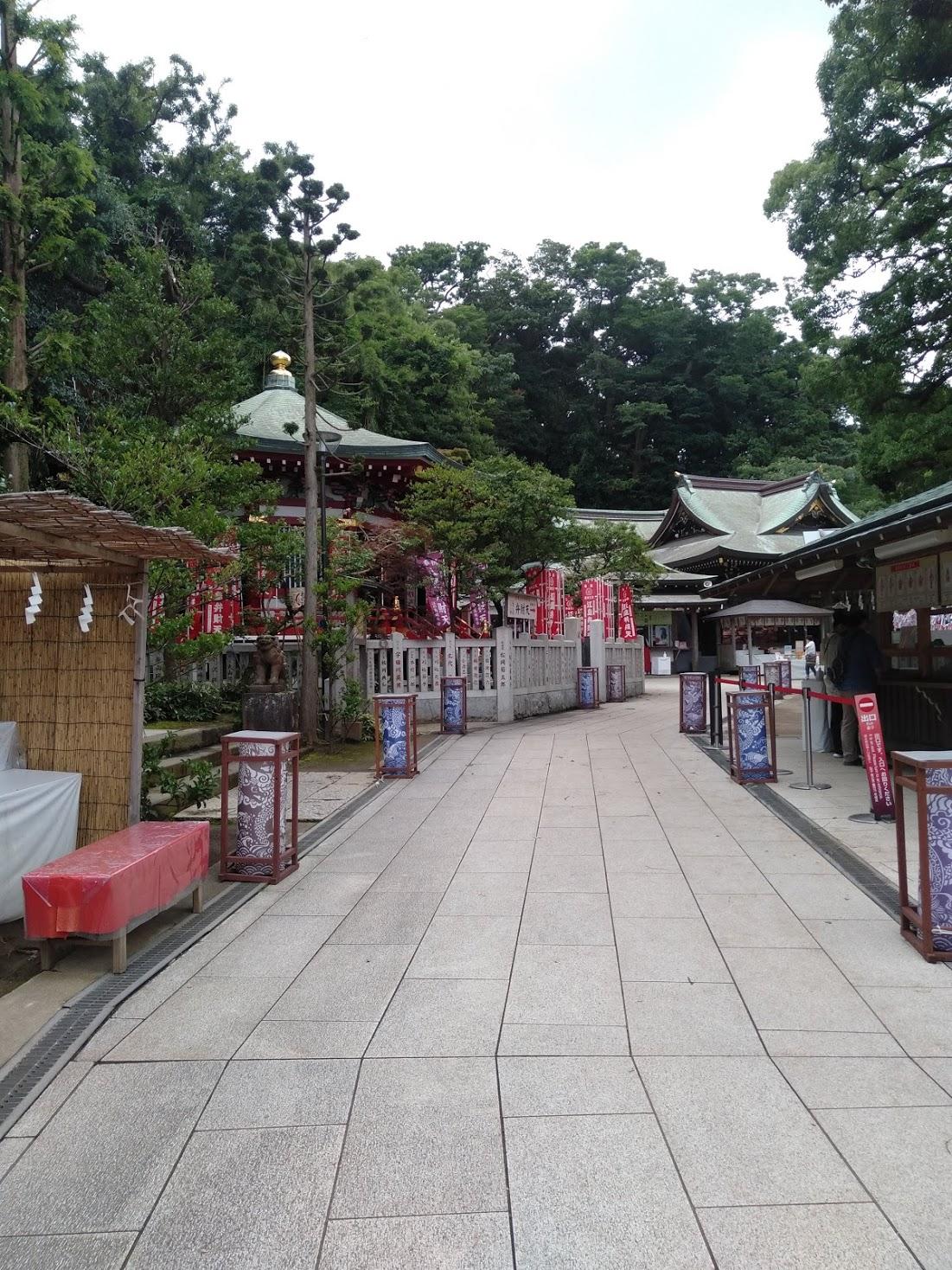 江島神社「辺津宮」付近