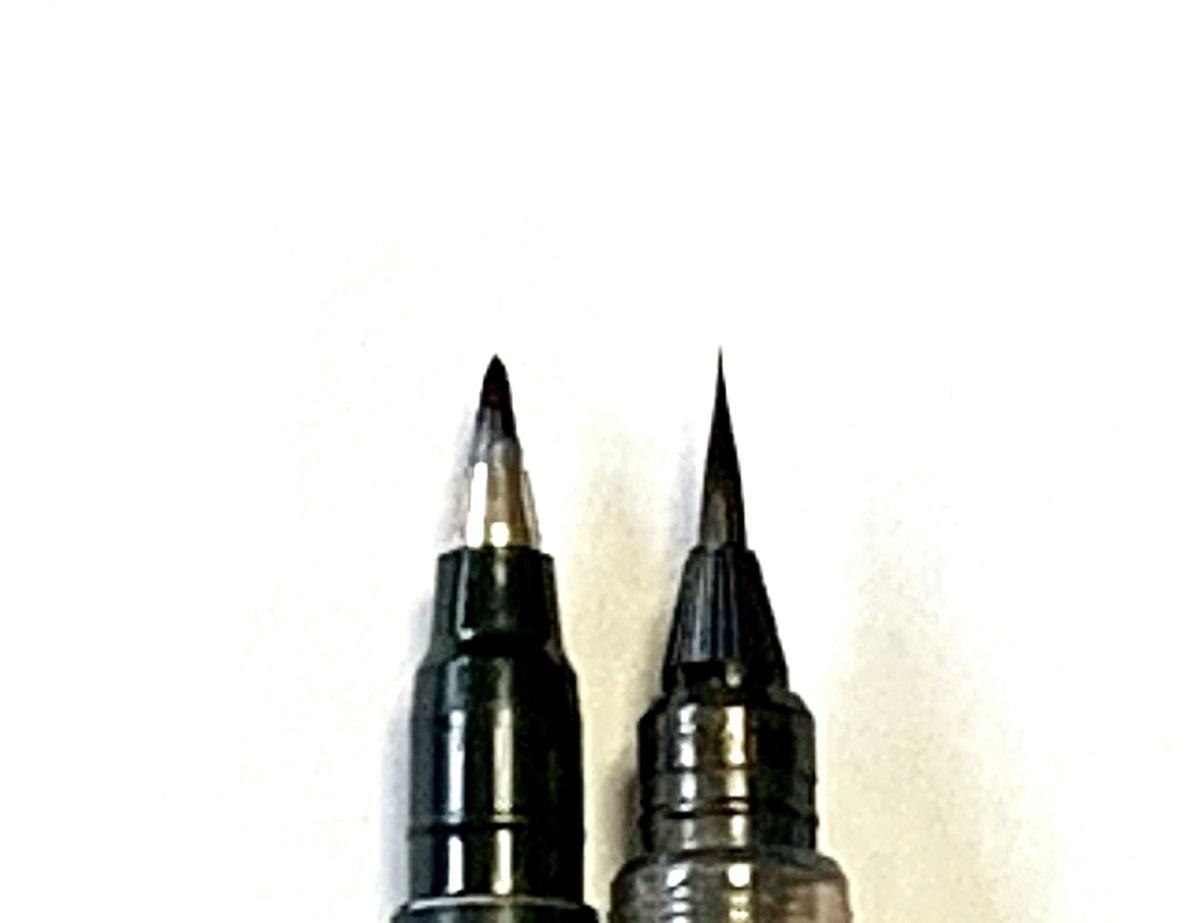 ※毛筆タイプの筆ペンとペンタイプの筆ペン
